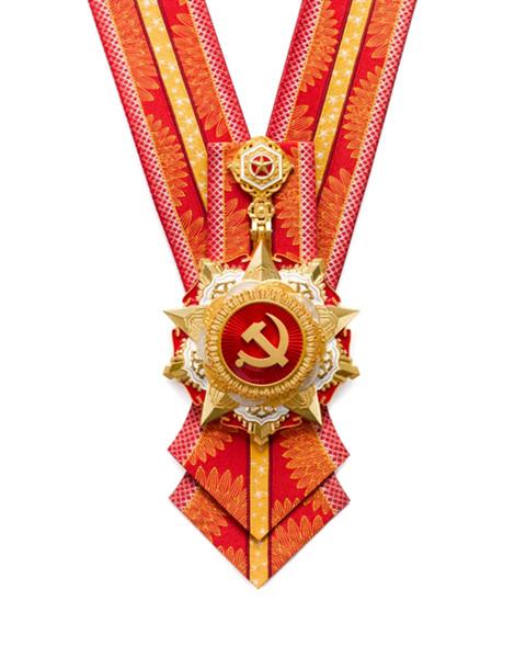 """""""七一勋章""""颁授仪式将隆重举行!来看勋章如何设计、如何铸成"""